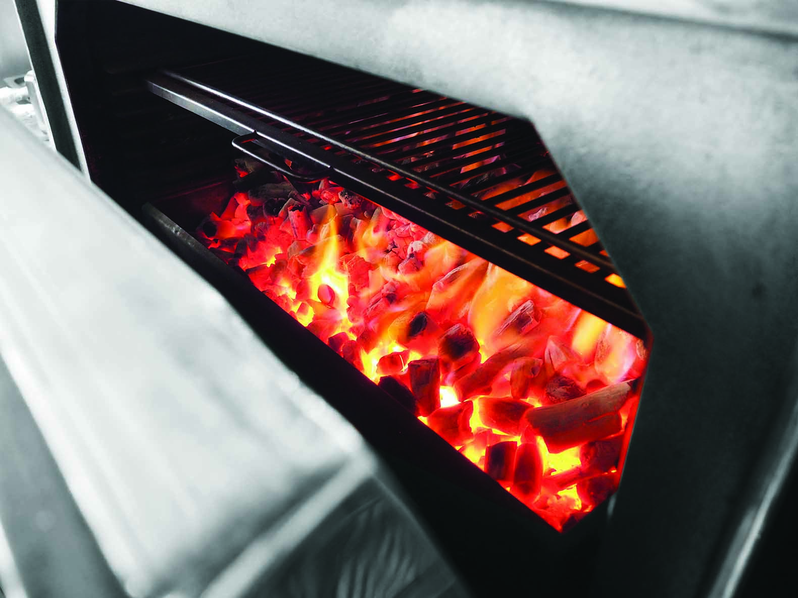 Cocinar con horno josper. Cocina con carbon vegetal